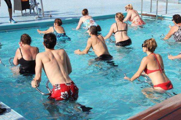 Aquabike est un sport d'aquagym pour tous